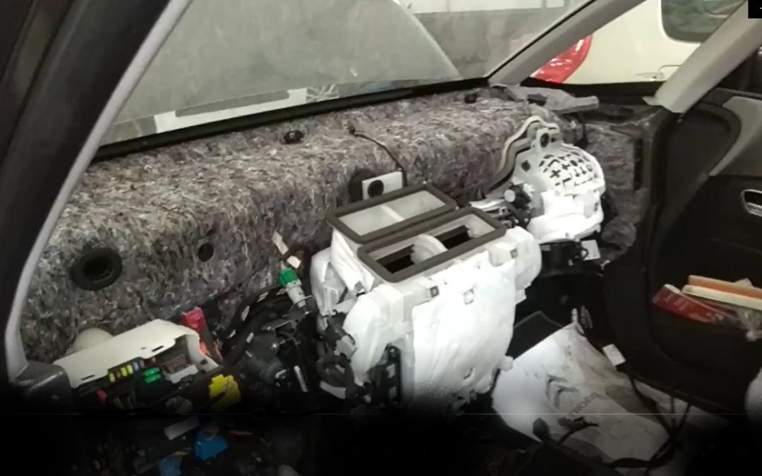 Sustitución airbag en Citroën C4 Grand Picasso ¡lo más parecido a una intervención quirúrgica!